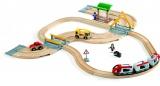 Vláčkodráha s osobním vlakem, závorami a silničním přejezdem BRIO