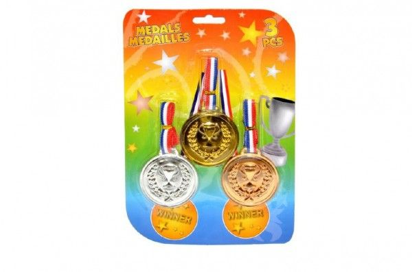 Medaile 3ks plast na kartě Wiky