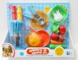 Sada nádobí s doplňky plast asst 2 druhy v krabici 37x30x7cm
