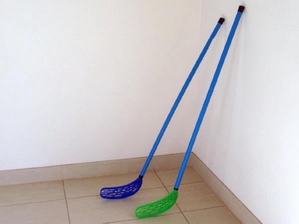 Floorball hokejka plast 110x30x3cm asst 2 barvy UNISON