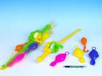 Hra ryby/rybář plast 3ks+prut 50cm asst 2 barvy v síťce Teddies