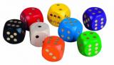 Hrací kostky dřevo společenská hra 1,6cm 200ks v dóze Detoa