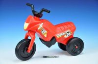 Odrážedlo Enduro Yupee červené malé plast výška sedadla 26cm nosnost do 25kg od 12 měsíců Teddies
