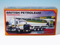 Stavebnice Monti 52 British Petroleum 1:48 v krabici