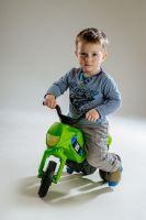 Odrážedlo Enduro malé plast výška sedadla 26cm nosnost do 25kg od 12 měsíců Teddies