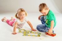 Domino Moje první zvířátka dřevo společenská hra 28ks v krabičce 17x9x3,5cm Teddies